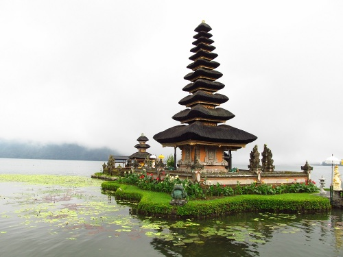 #bali #indonesia #Ulandanu